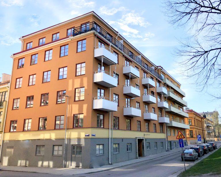 Ny fasadputs på bostadsrättsförening Lenngrenska gården